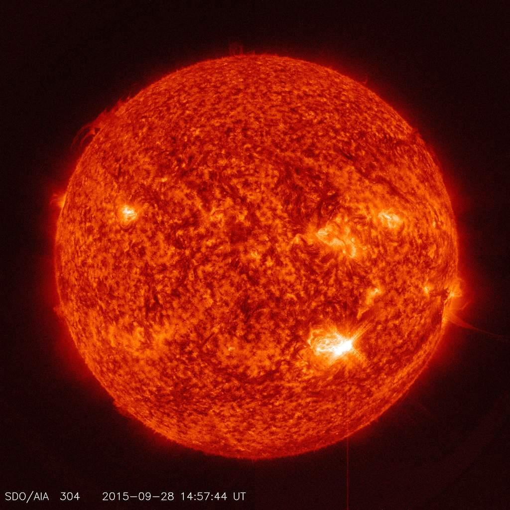 Rozbłysk M7.6 na Słońcu