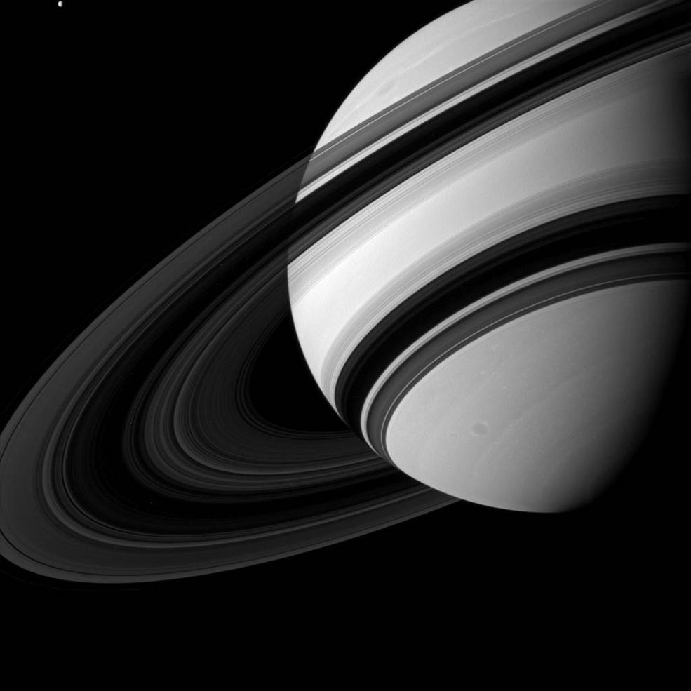 Saturn okiem Cassini