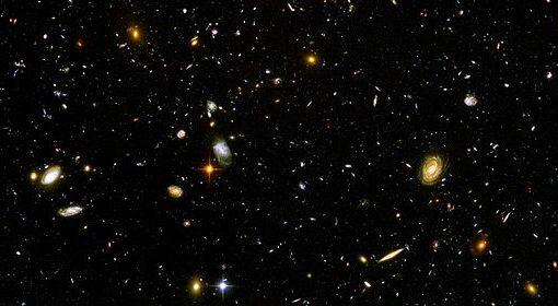 Odległe galaktyki.